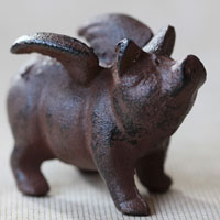Pig paperweight $10.99